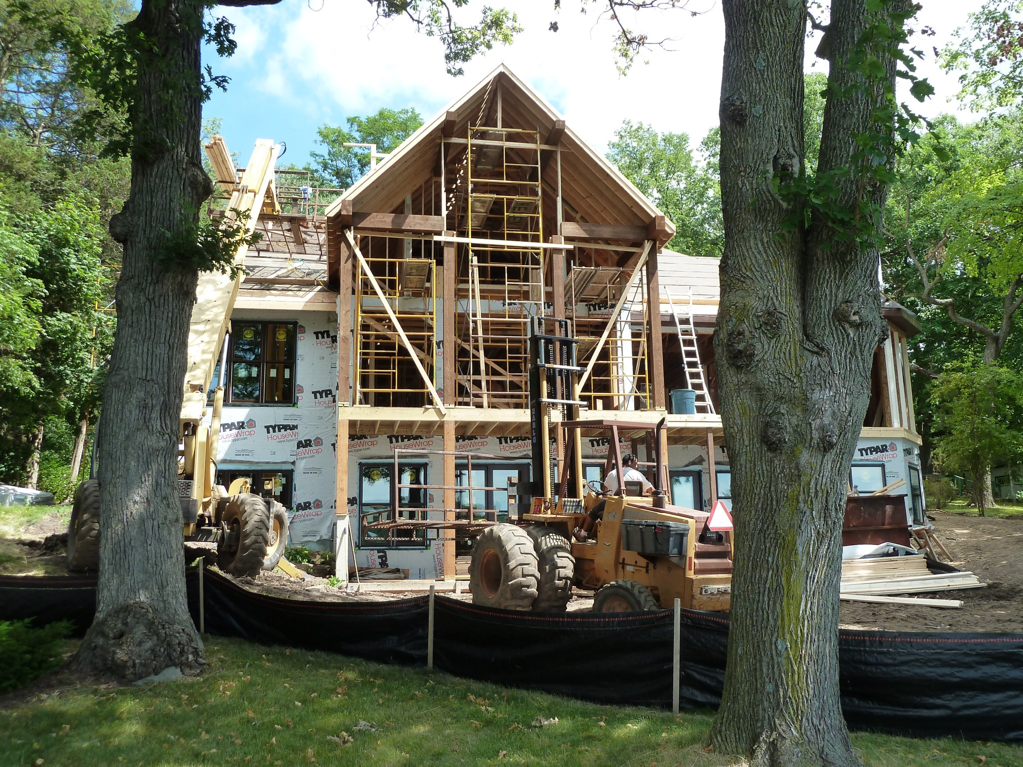 Thelen Total Construction lakefront home under construction